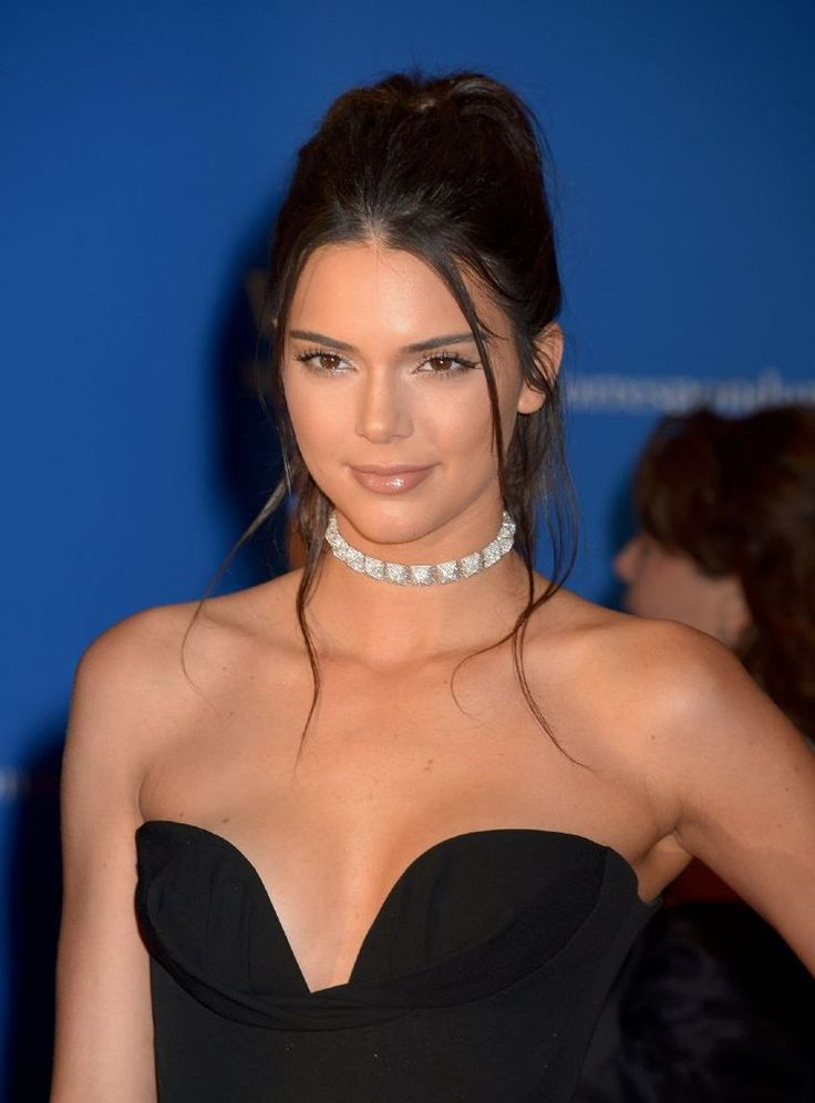Kendall Jenner – 102nd White House Correspondents : Global Celebrtities (F) FunFunky.com