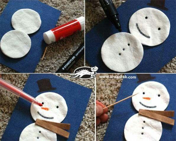 Pupazzo di neve con cotone rotondo