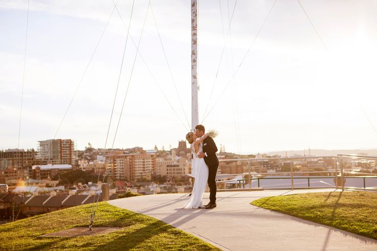 Wedding photos at Fort Scratchley with Newcastle in the background