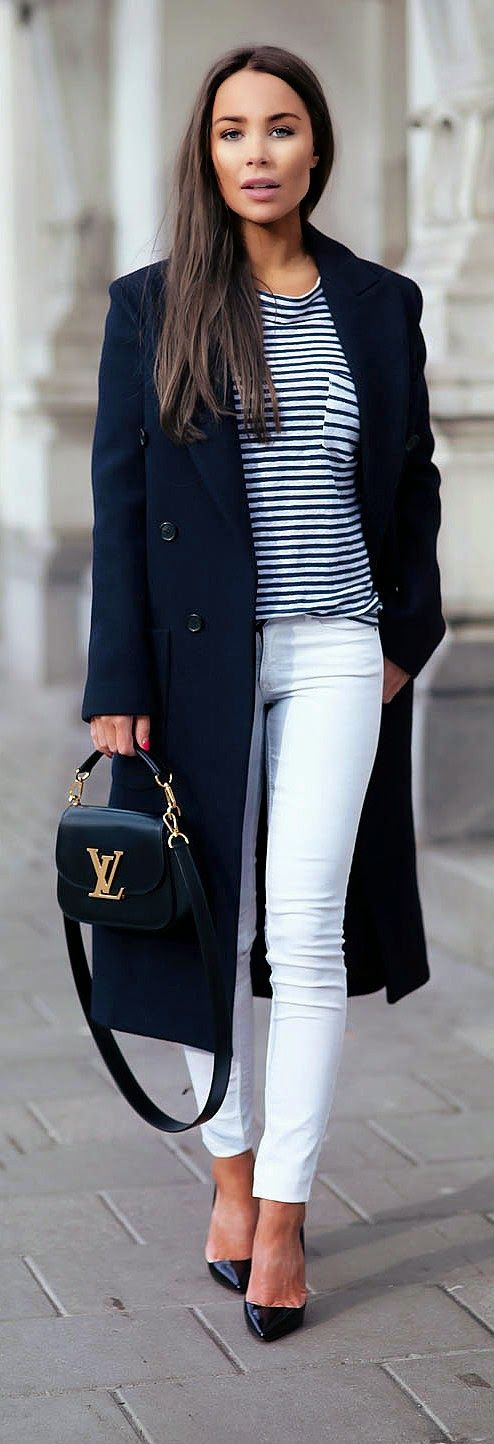 WHITE AND NAVY - Stripes Tee with White Skinny Jeans and Navy Long Coat and Shoes / Johanna Olsson