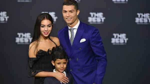 Georgina Rodriguez (Cristiano Ronaldo Girlfriend)