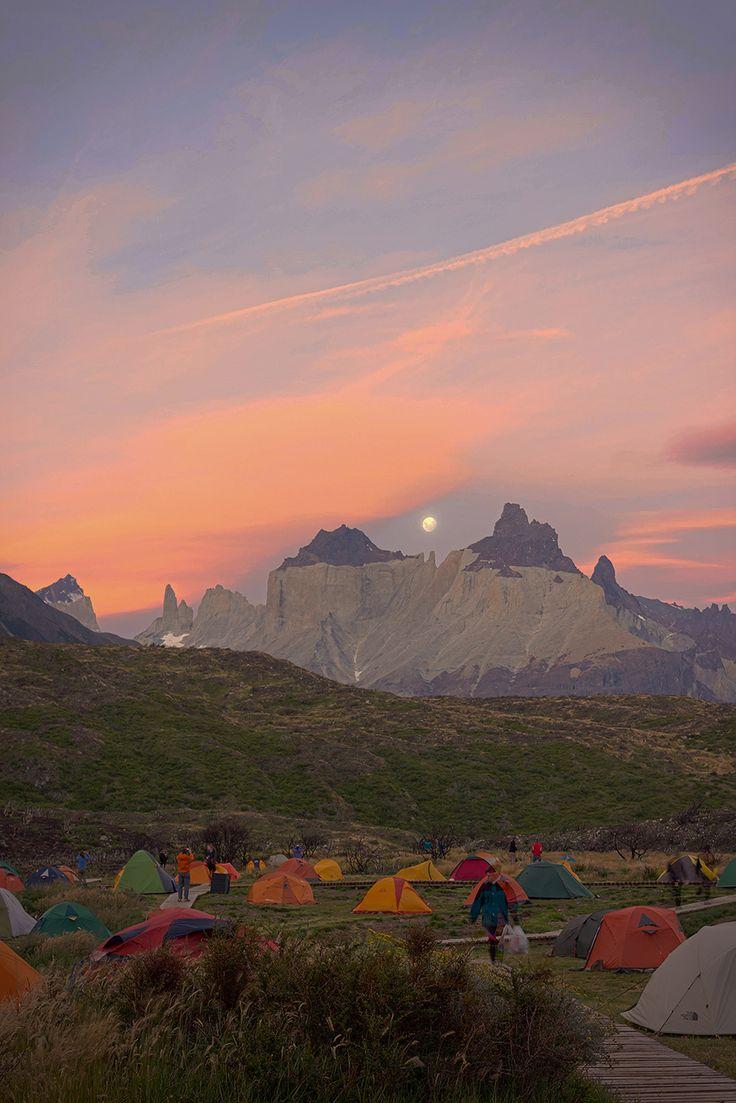 Camping Lago Pehoé, Parque Nacional Torres del Paine, Chile, by ADeliriumTrigger.