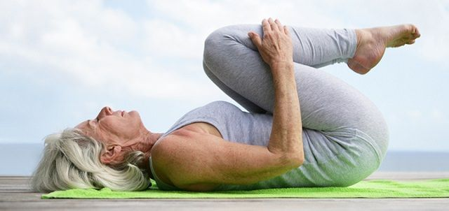 Here are some simple bed exercises for elderly and seniors. These bed exercises will be divided into three parts: upper, middle and lower part of the body.