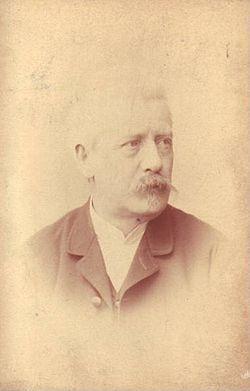 Julius Eduard Mařák (29. března 1832 Litomyšl[1] – 8. října 1899 Praha) byl český malíř – krajinář, kreslíř a grafik druhé poloviny 19. století.Jeho krajinomalby zdobí i schodiště Národního muzea v Praze.