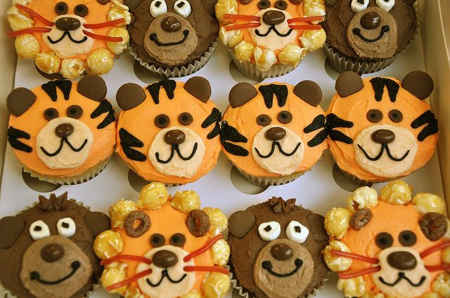 lion cupcake | Recent Photos The Commons Getty Collection Galleries World Map App ...