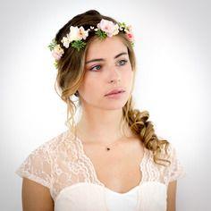 Couronne de fleurs pêche, rose et ivoire: appoline - accessoire cheveux mariage
