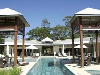 Noosa 'Beach and Bush' - where memories begin Vacation Rental in Noosa North Shore from @homeawayau #vacation #rental #travel #homeaway http://www.homeaway.com.au/holiday-rental/p929278