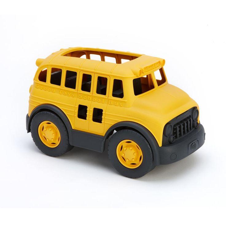 Schoolbus   De Green Toys ® Schoolbus is gemaakt 100% gerecycled plastic melkcontainers. Deze stevige bus is klaar om in te stappen voor een aarde-vriendelijke rit naar de school, een excursie, of wat dan ook. De Green Toys School Bus heeft geen metalen assen of uitwendige coatings. Geen BPA, PVC of ftalaten. Verpakt met alleen gerecyclede en recyclebare materialen.