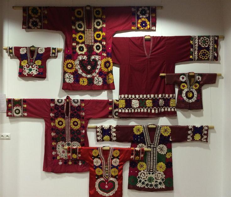 21 suzani_embroidered_textiles_ethnic_style_boho_gypsy_interior_design_home_decor_asia_inspirations_styl_etniczny_kolorowe_wnetrze_forelements_blog