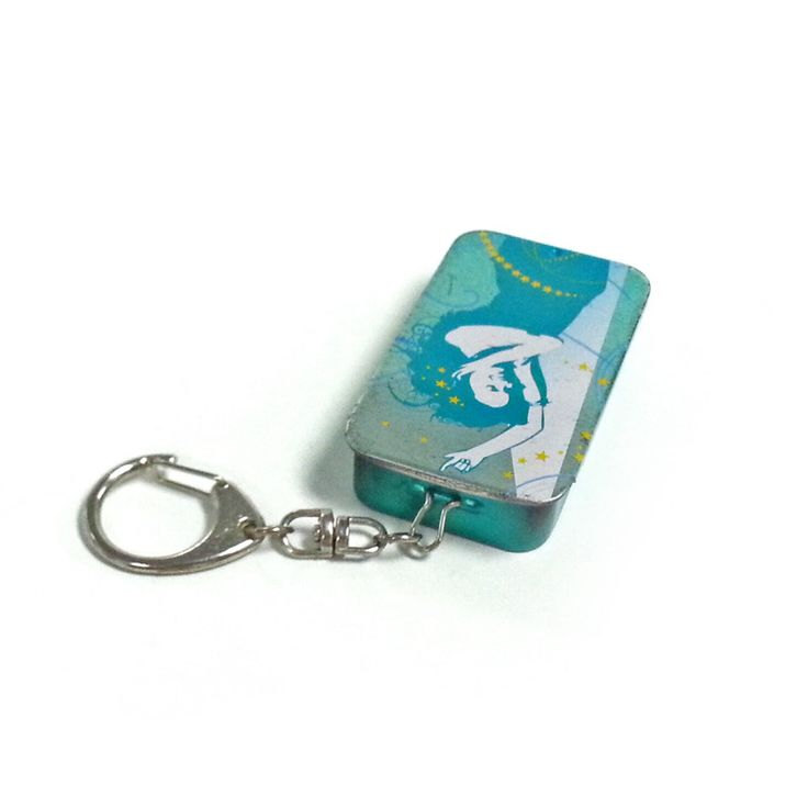 This small sliding chewing gum tin box with key ring can be printed your desired design and embossed your own logo to upscale your image of your products so as to make them stand out from the competition and enhance your brand.