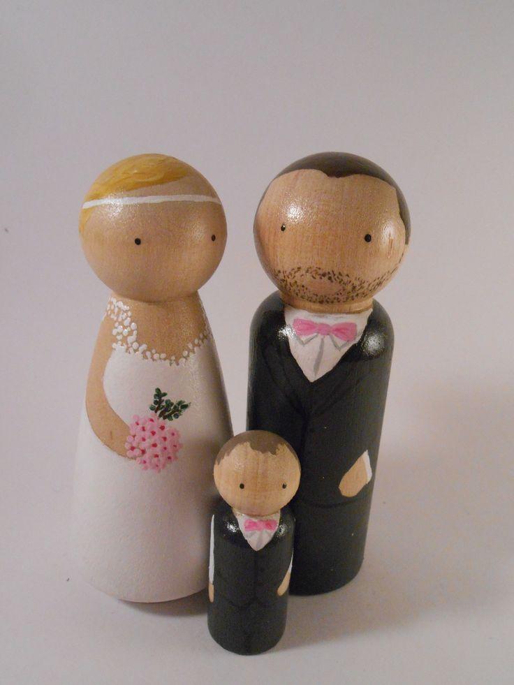 """Peg dolls ou quilles de Bois """"Mariage"""" wedding cake toppers : Accessoires de…"""