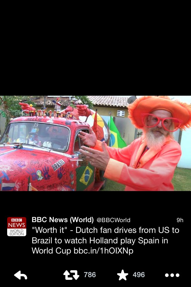 How amazing are nederland fans? Gotta love this guy #oranje #WorldCup