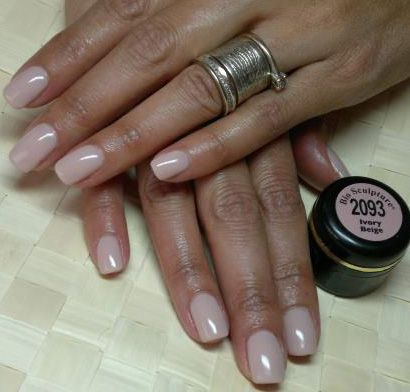 Bio Sculpture Gel ivory beige