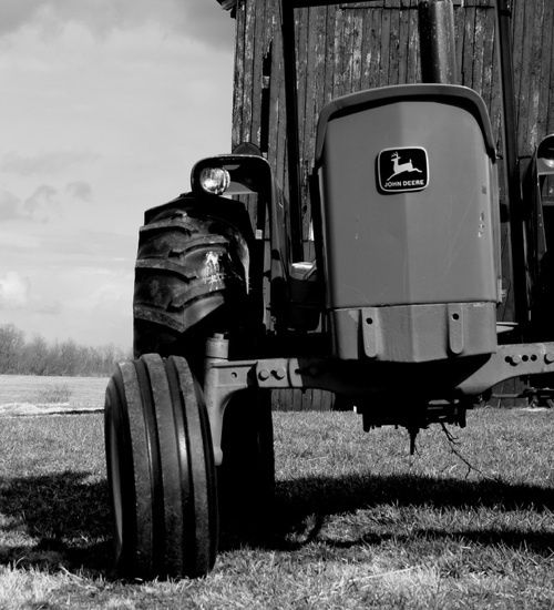 Old Black and White Photography | Even Black And White Photos Of John Deere Tractors Are Cool [Car Porn]