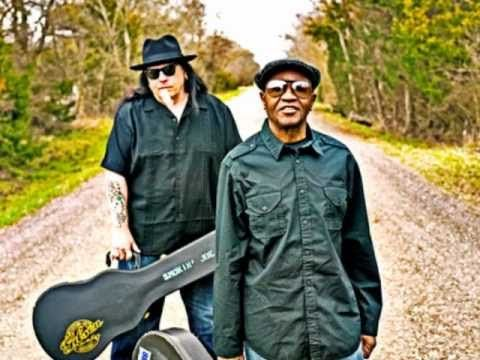 "Smokin' Joe Kubek & Bnois King - Smokin' Joe's Cafe. ""LOVE, LOVE, LOVE! One of my very favorites! :)"""
