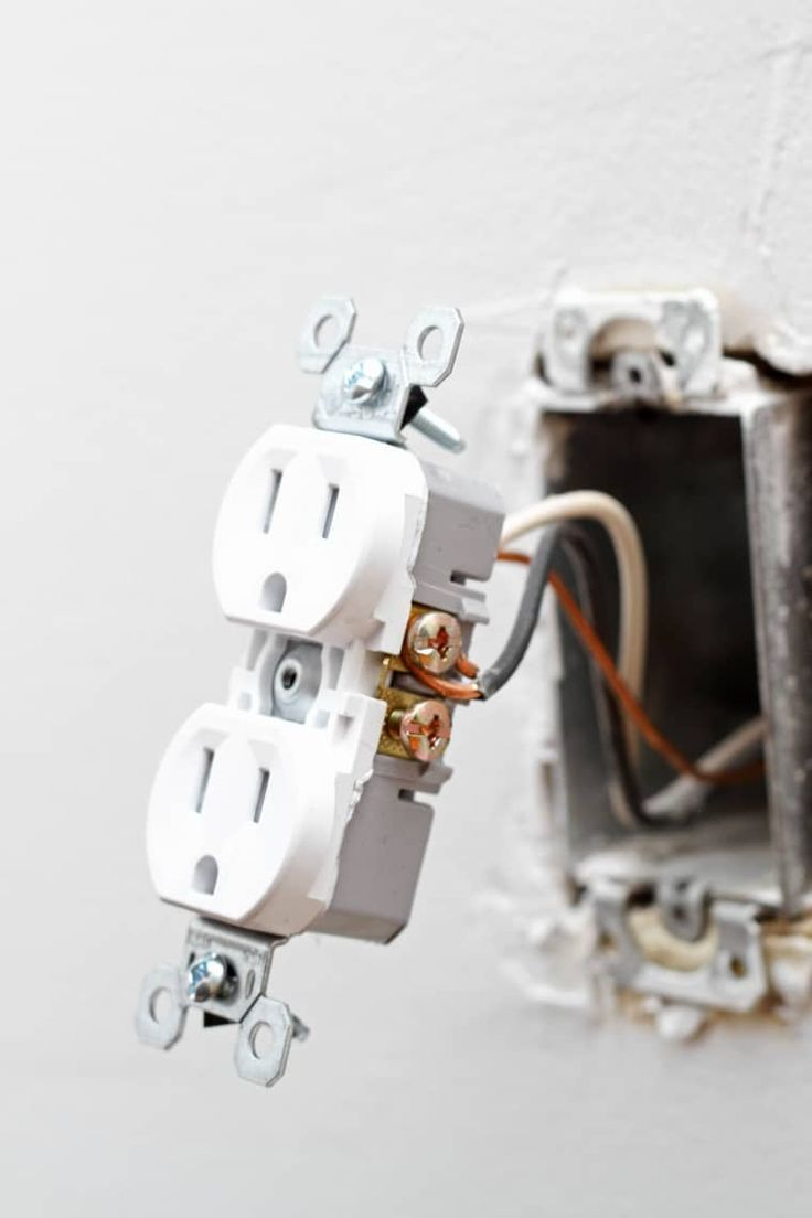 How to replace an electrical outlet electrical outlets