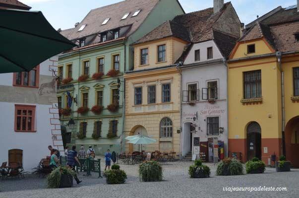 La Plaza de #Sighisoara, en #Rumania