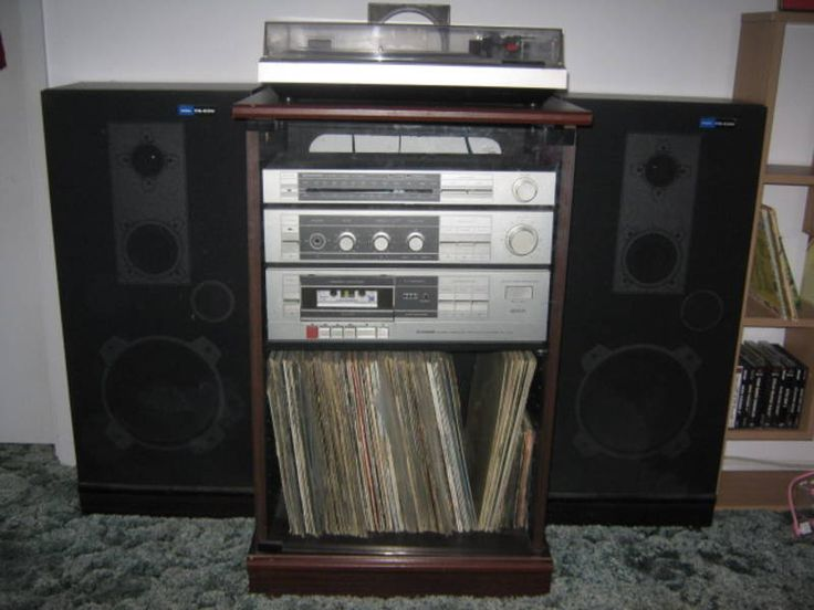 Old Stereo System 70s 80s Big Speakers Turntable