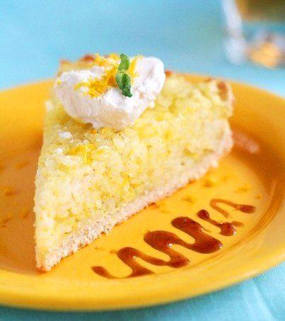 Флорентийский рисовый пирог от Джейми Оливера - Kurkuma project (Проект Куркума) Этот рецепт взят из книги Джейми Оливера «Моя Италия». По вкусу пирог напоминает английский рисовый пудинг, он безумно ароматный, сочетание ванили и апельсина просто замечательное. Джейми советует подавать пирог в горячем виде и я с ним согласен, так пирог прекрасно контрастирует с холодным мороженым или крем фреш.