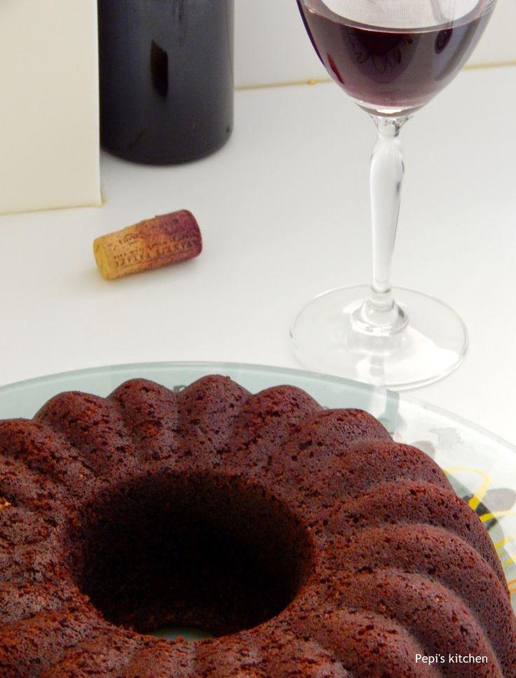 Σοκολατένιο Κέικ με Κόκκινο Κρασί http://pepiskitchen.blogspot.gr/2014/11/sokolatenio-keik-me-kokkino-krasi.html