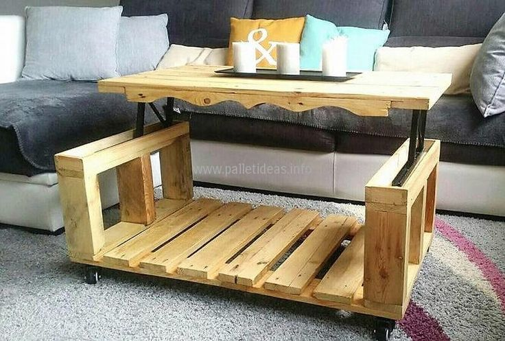 Now here is the creativity for which we have shown this idea to you, the table top can be lifted up when there is a need to enjoy the coffee or tea with the family members. It is easy to lift the reclaimed wood pallet lift top coffee table.