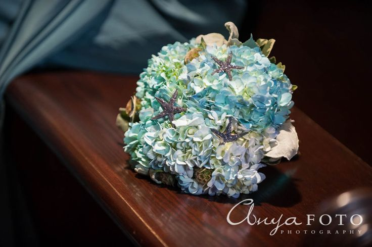 anyafoto.com, wedding bouquet, bridal bouquet, garden bouquet, blue bouquet, blue hydrangea bouquet, beach wedding