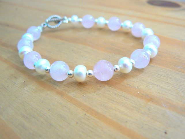 Ivory Freshwater Pearls, Rose Quartz and Sterling Silver Bracelet £25.00
