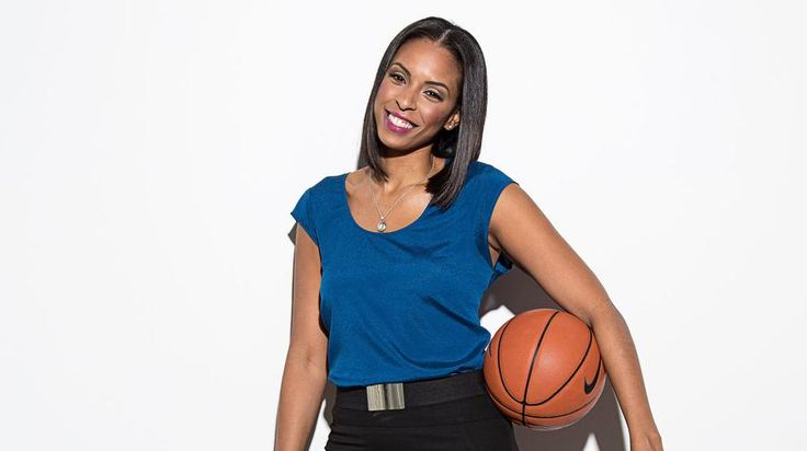 LaChina Robinson Wants to Be the Voice of Women's Basketball | VICE Sports