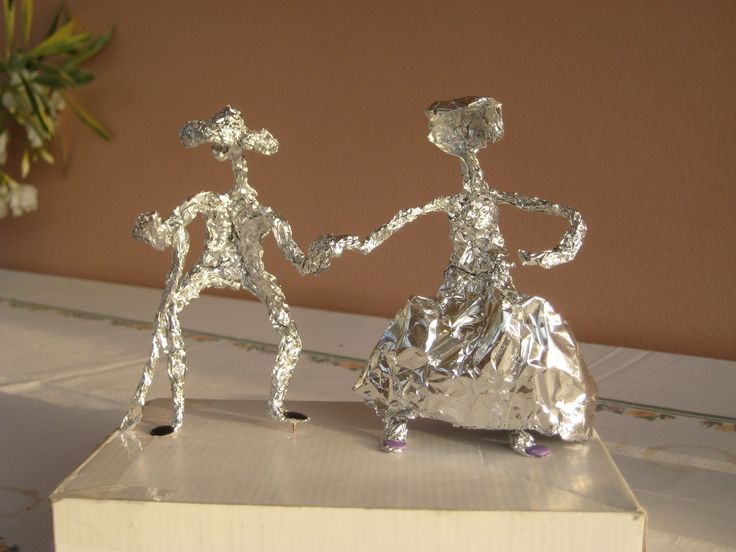 Decoration for silver wedding anniversary with aluminium foil.