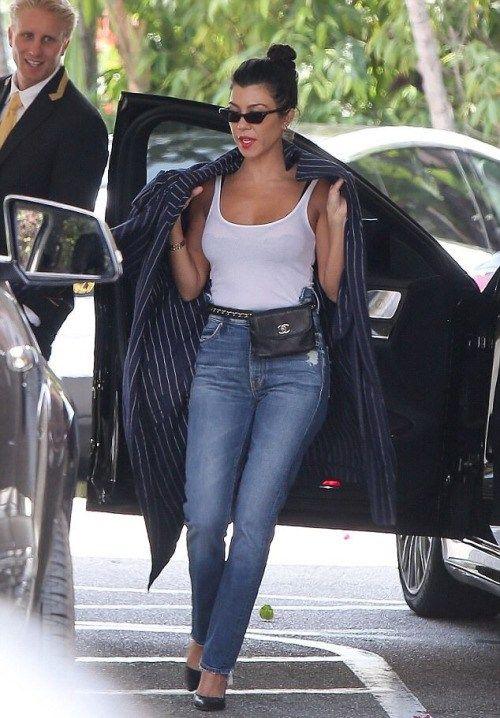 alldasheverything: Kourtney out in Beverly Hills June 1 2017