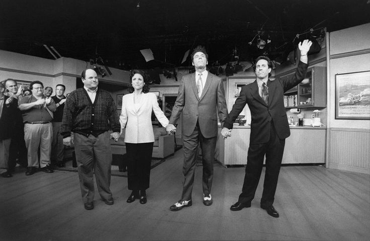 """Last goodbyes to the final studio audience.  21 Rare Photos From The Final Days Of """"Seinfeld"""""""