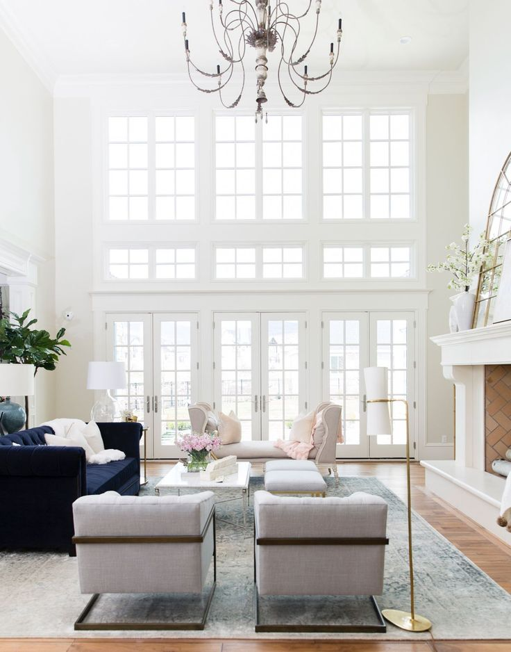 Best Gatehouse Event… Living Room With Light Greys Royal Blue 400 x 300