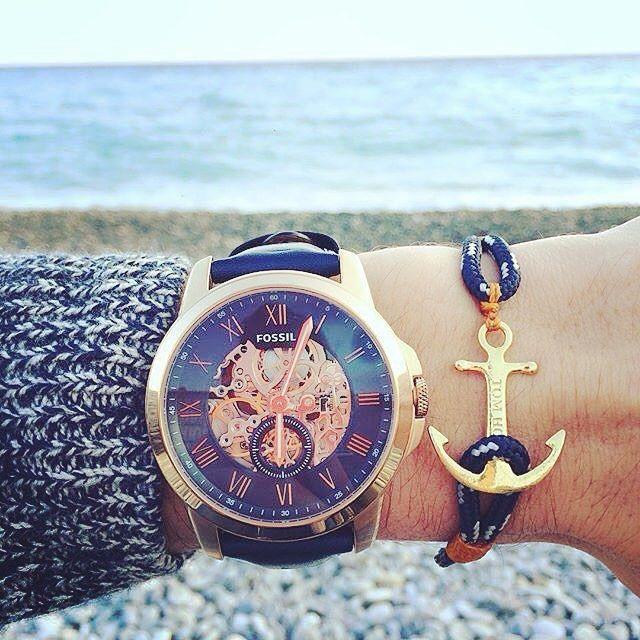Je crois que j'ai craqué pour cette montre #Fossil et aussi ce bracelet @thetomhope !! #watch #montre #homme #cuir #watchfossil #thetomhope #marin #bracelet #reims  Vous en pensez quoi ? ⌚️⚓️ L'achat est presque fait pour moi !