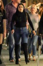 Ariel Winter was pictured as she went for a horse carriage ride with her pal in NYC http://celebs-life.com/ariel-winter-pictured-went-horse-carriage-ride-pal-nyc/  #arielwinter