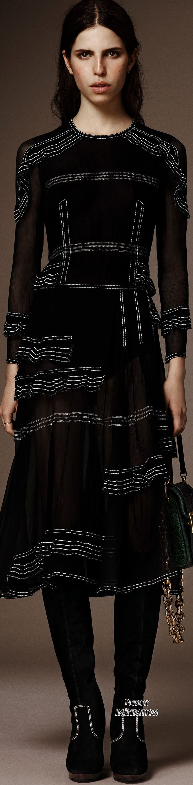 Burberry Pre-Fall 2016 Women's Fashion RTW | Purely Inspiration
