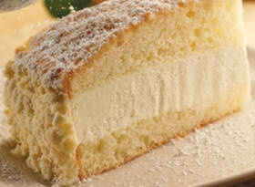 Copy cat recipe of Olive Garden's Lemon Cream Cake.Cake Recipe, Lemon Cake, Cream Cake, Copy Cat Recipe, Copy Cats, Lemon Cream, Olive Gardens, Gardens Lemon, Copycat Recipe