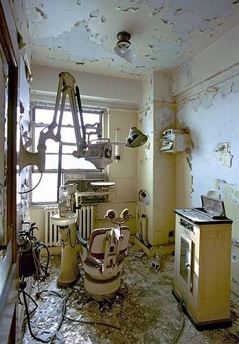 Abandoned Detroit dentist office