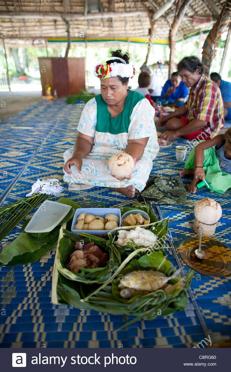 Fish Meal On Tuvalu, Island In The Pacific Stock Photo, Royalty Free Image: 39855592 - Alamy