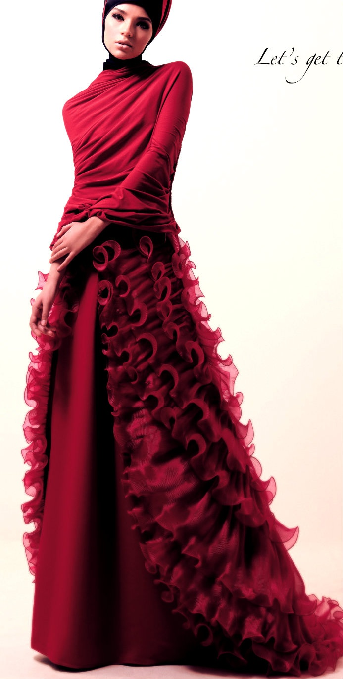 Red jersey Cape by Oka Diputra | Long red skirt layered with pleated organdy by Ian Adrian. #Hijab