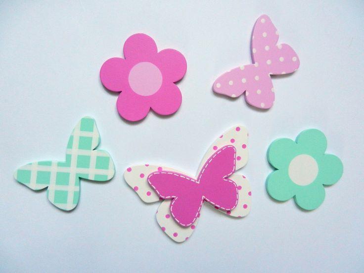 Drewniany zestaw dekoracji kwiatki motylki - PracowniaMatati - Dekoracje pokoju dziecięcego
