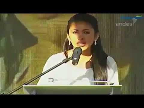 La estudiante campesina que hizo llorar a Rafael Correa