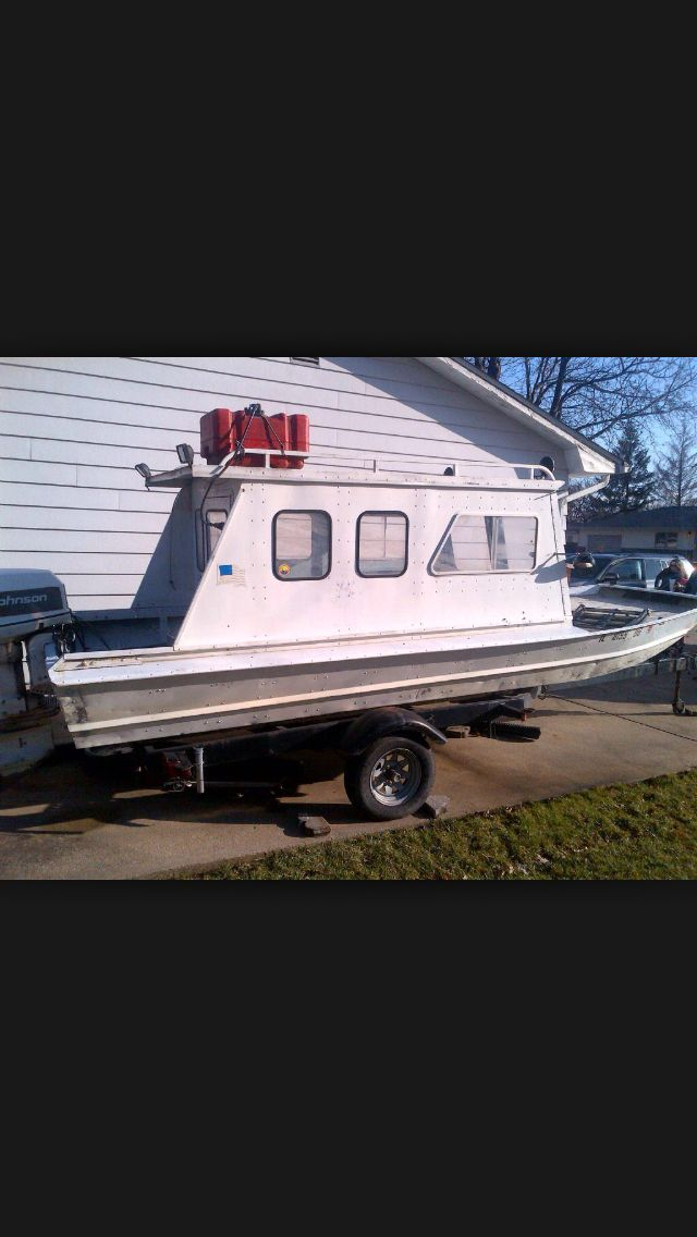 17 best images about boats on pinterest bow fishing for Fish camping boat