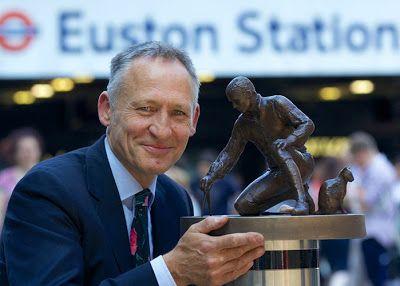 Matthew Flinders commemorative statue