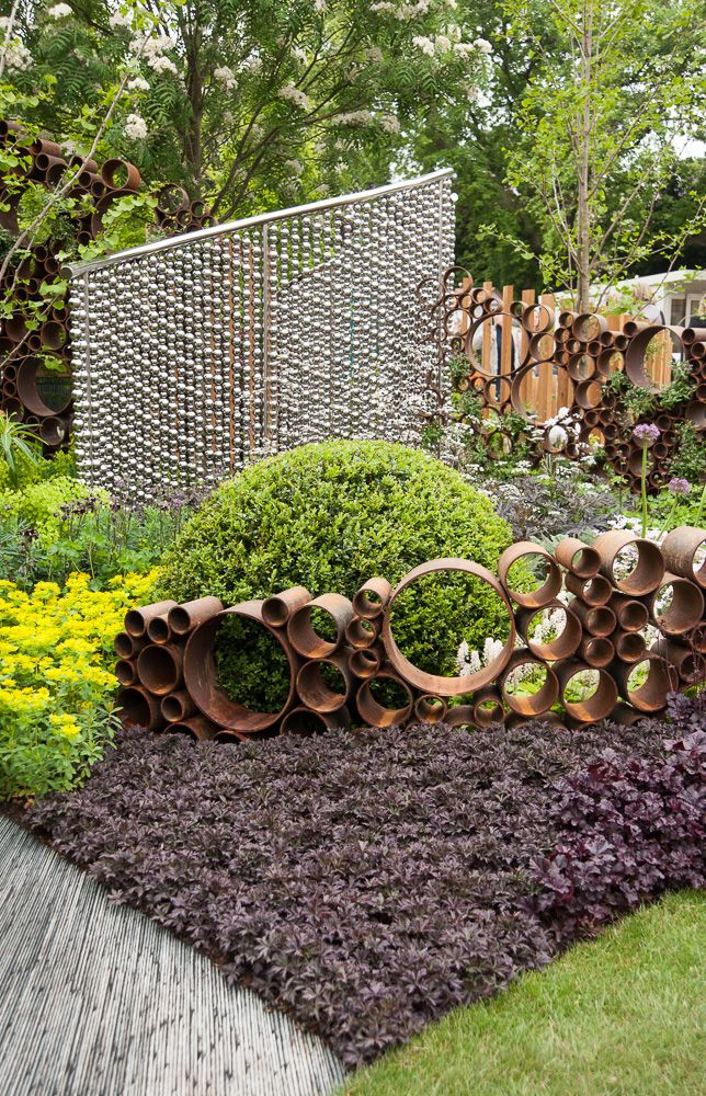 The SeeAbility Garden RHS Chelsea Flower Show 2013. Click to read article and to see plants list used.