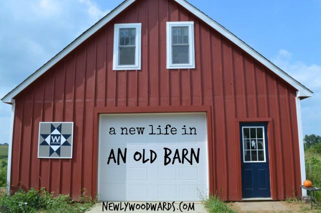 This barn has undergone a huge transformation. A 100-year-old barn found new life as a barn and studio apartment. It was disassembled and rebuilt 50 miles away. You've gotta see the befores. #tinyhouse