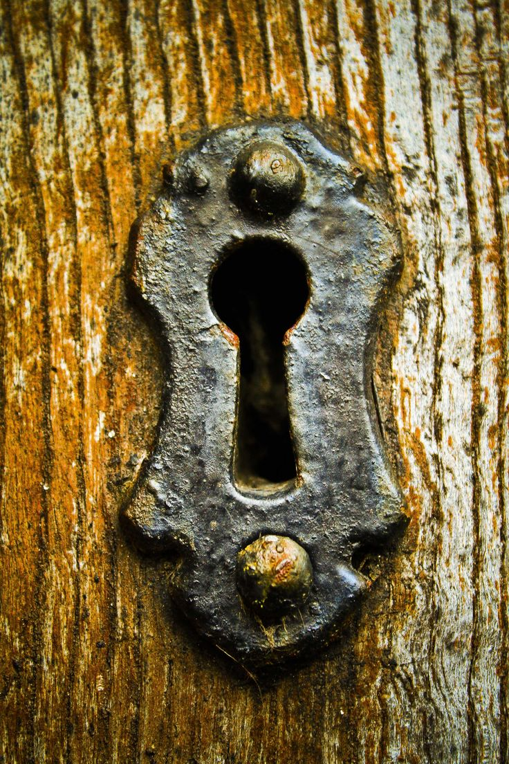 Metal Key Hole On Wooden Door The Old Lock Amp Key