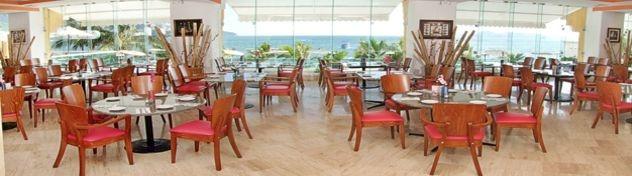 ** RESTAURANTE ACUARIO **  Ubicado en el nivel del Mezzanine con aire acondicionado y espectacular vista al mar.    Cuenta con dos amplias terrazas al aire libre para fumadores    Desayuno de 07:00 a 12:00 hrs.  Comida de 13:00 a 17:00 hrs.  Cena de 19:00 a 23:00 hrs.
