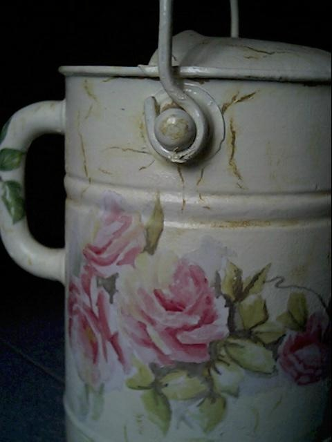 old watering can - detail   Home decor ideas on MirtillaStyle