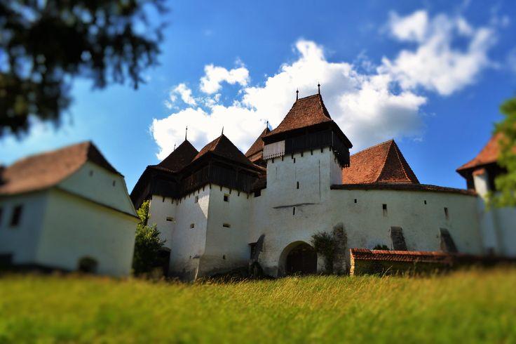 http://www.touringromania.com/