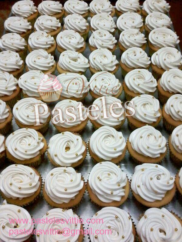 Simple but beautiful cupcakes!!